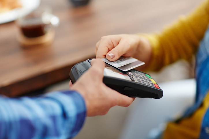 10 Advantages of using a Credit Card