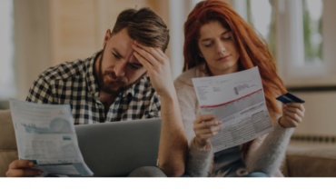 How to Avoid Credit Card Debt Traps